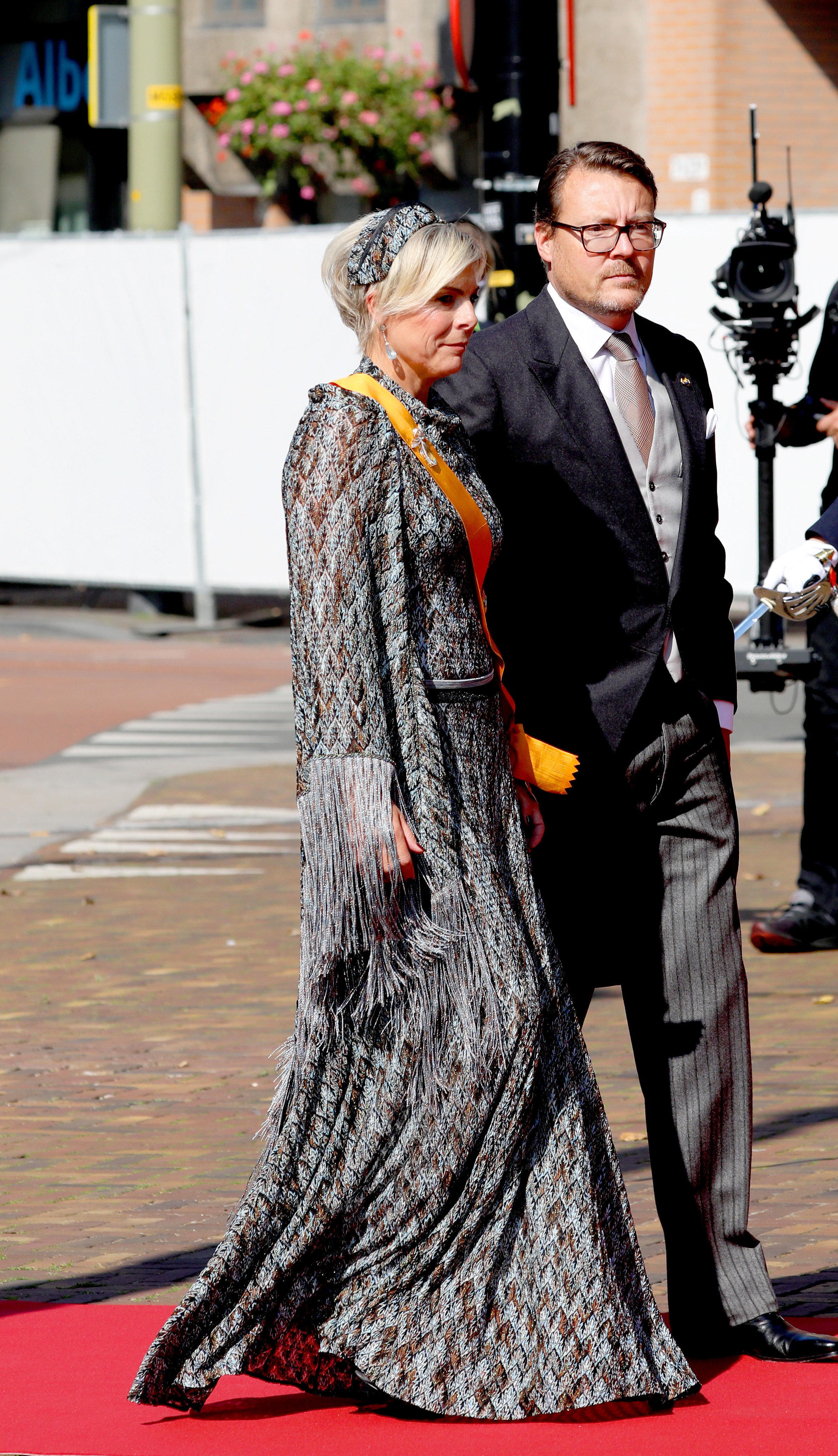Prinzessin Laurentien in einem auffälligen Kleid am Prinzentag.