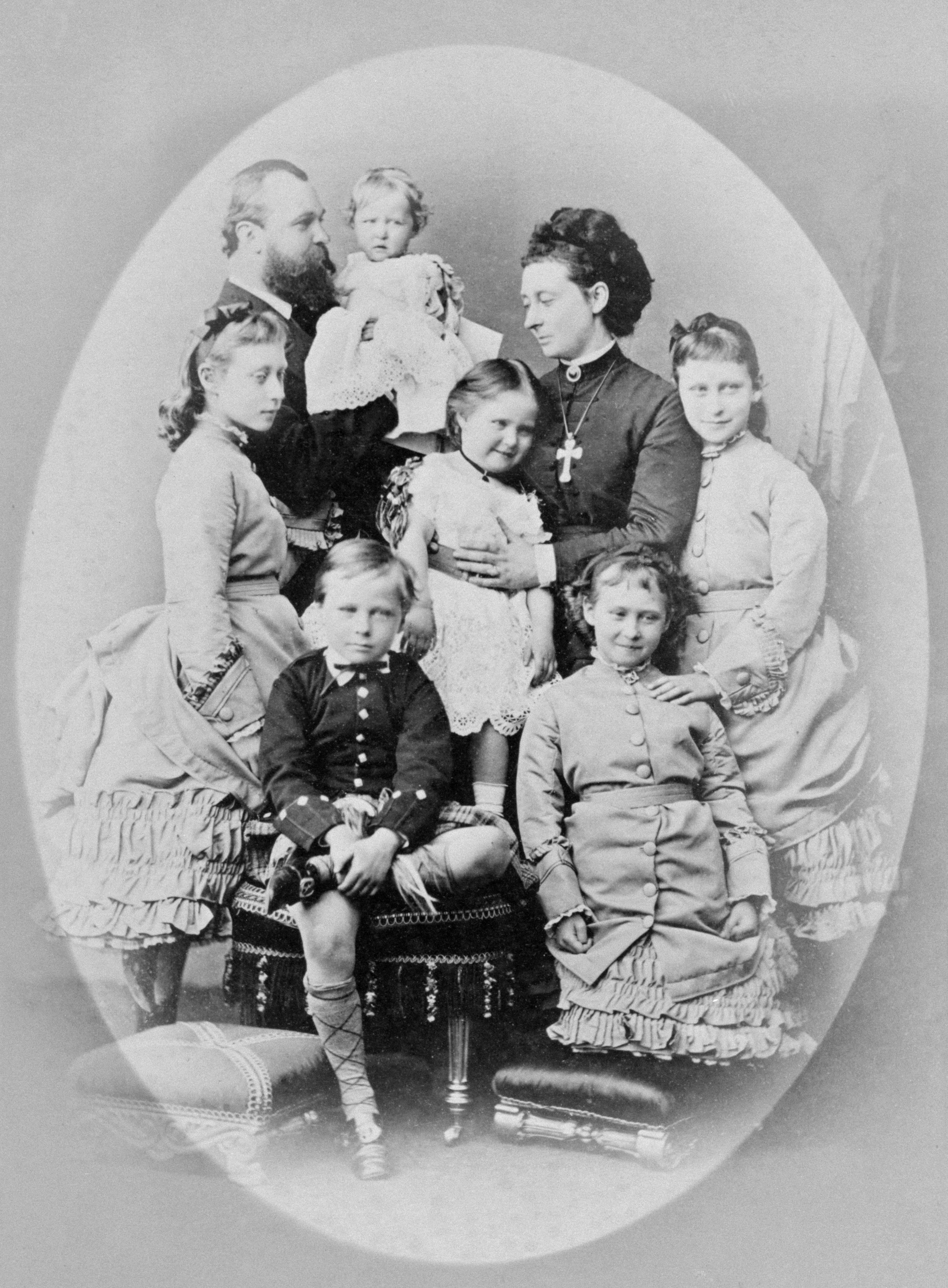 Prinzessin Alice mit ihren Kindern