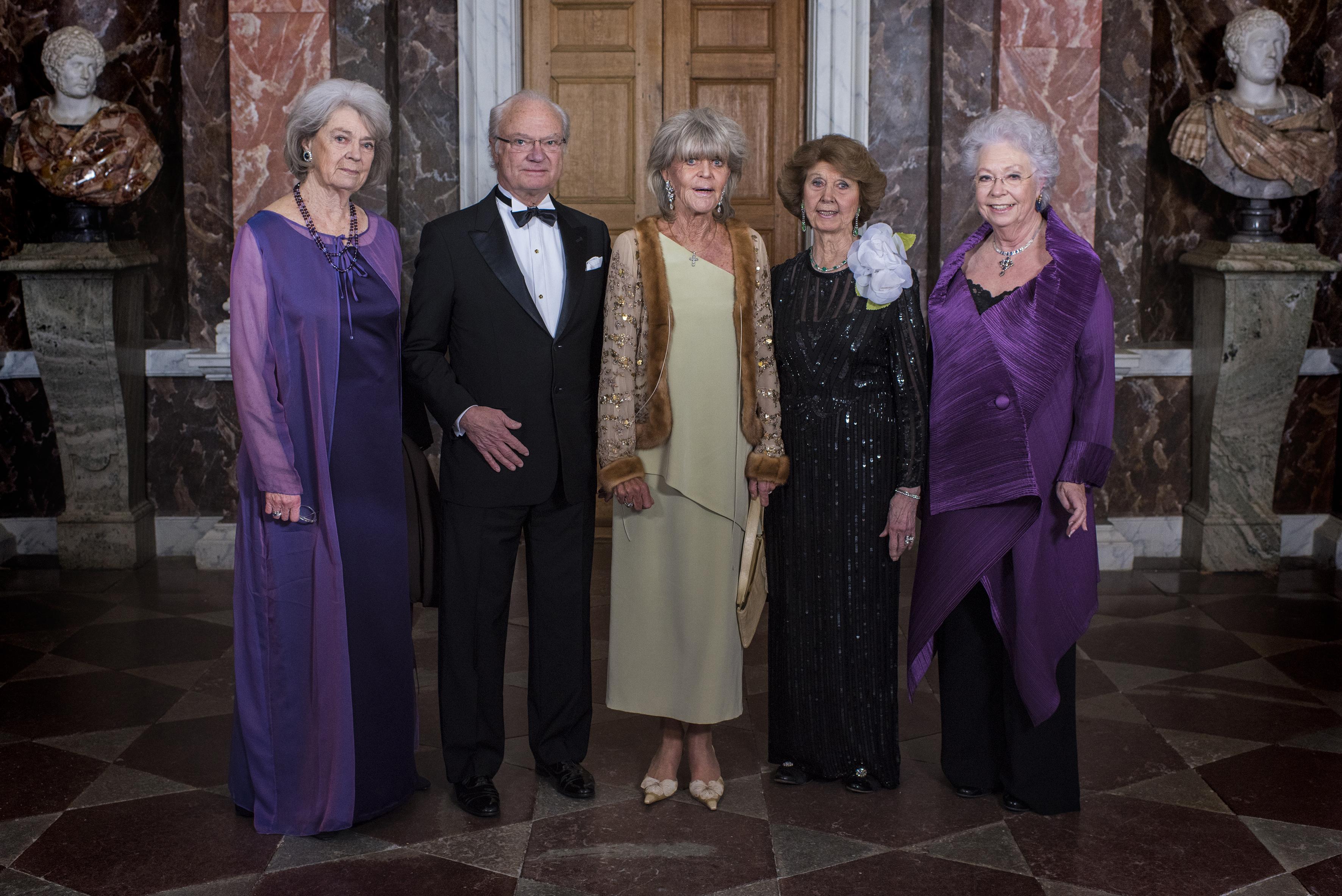 Prinzessin Margaretha, König Carl Gustaf, Prinzessin Birgitta, Prinzessin Désirée und Prinzessin Christina.