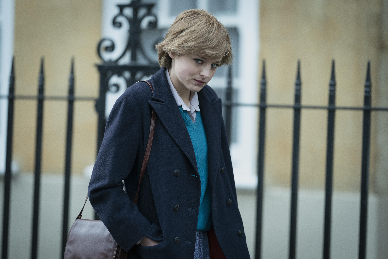 Emma Corrin als Prinzessin Diana