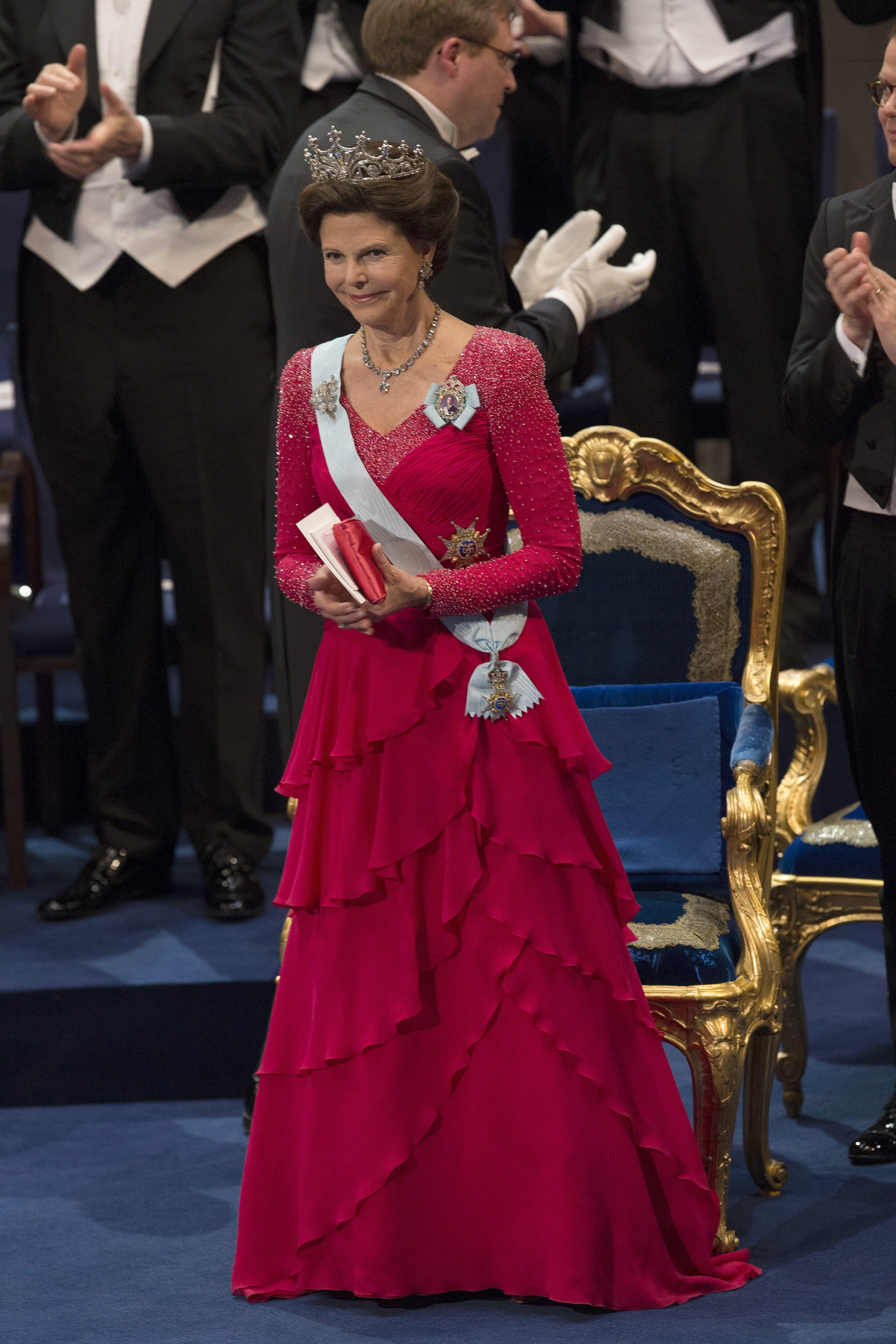 Königin Silvia Kleider
