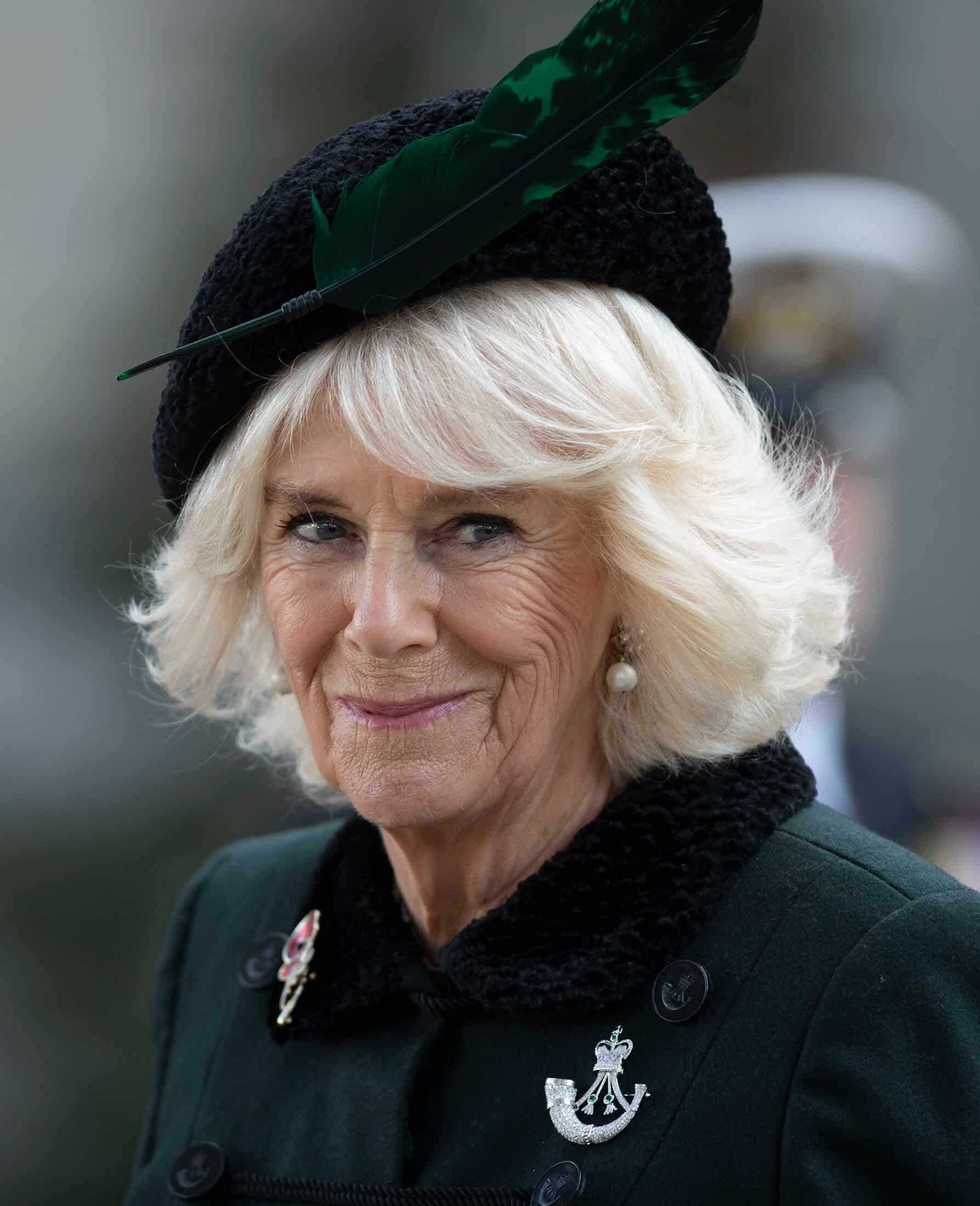 Herzogin Camilla: Mit diesen Promis ist sie verwandt