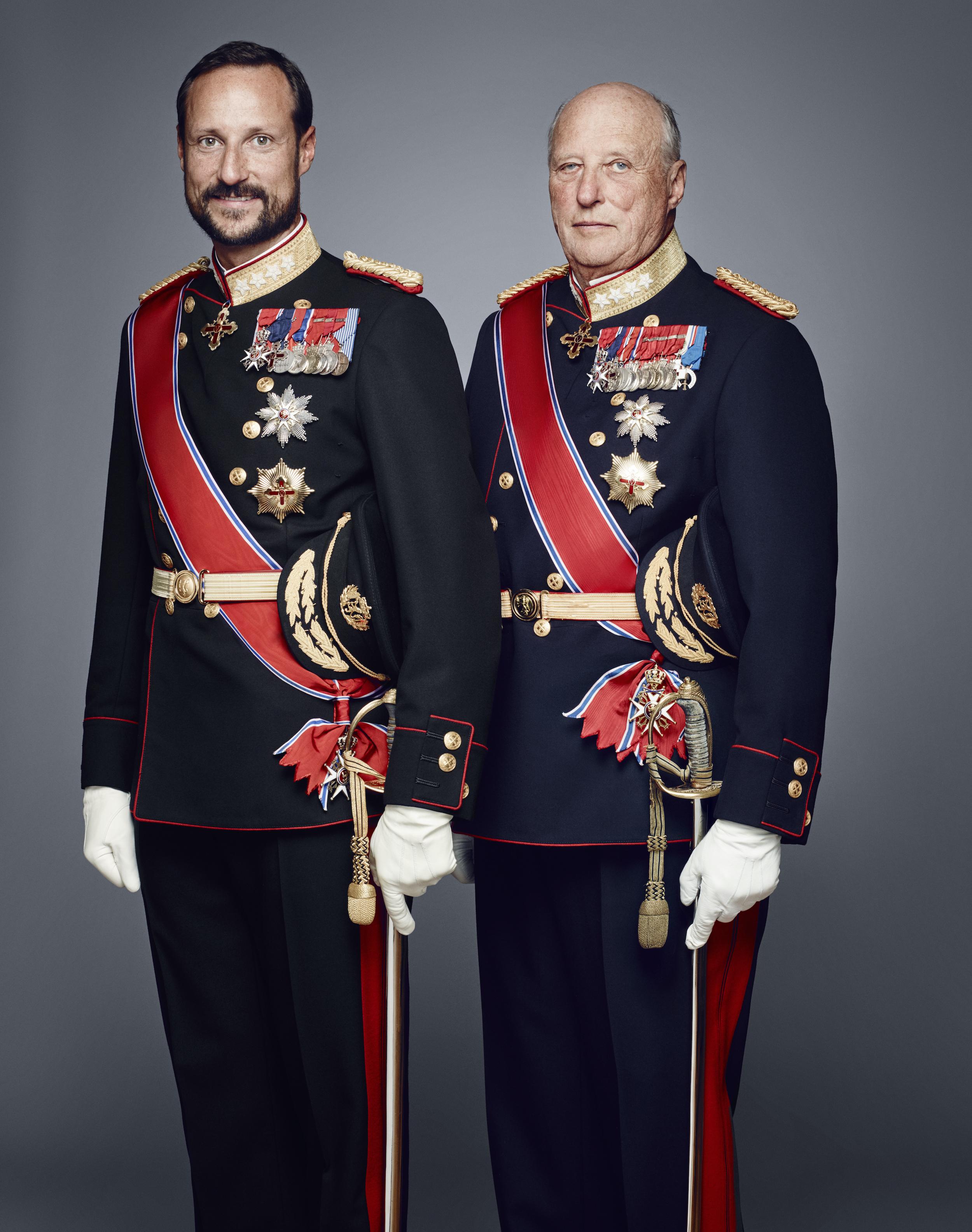 Kronprinz Haakon und König Harald von Norwegen.
