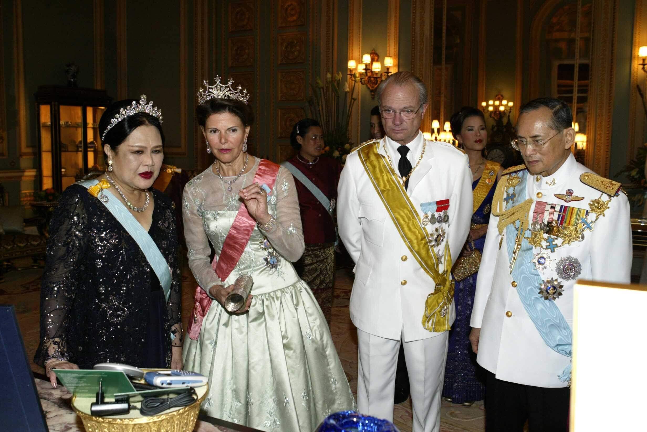 Königin Silvia Königin Sirikit