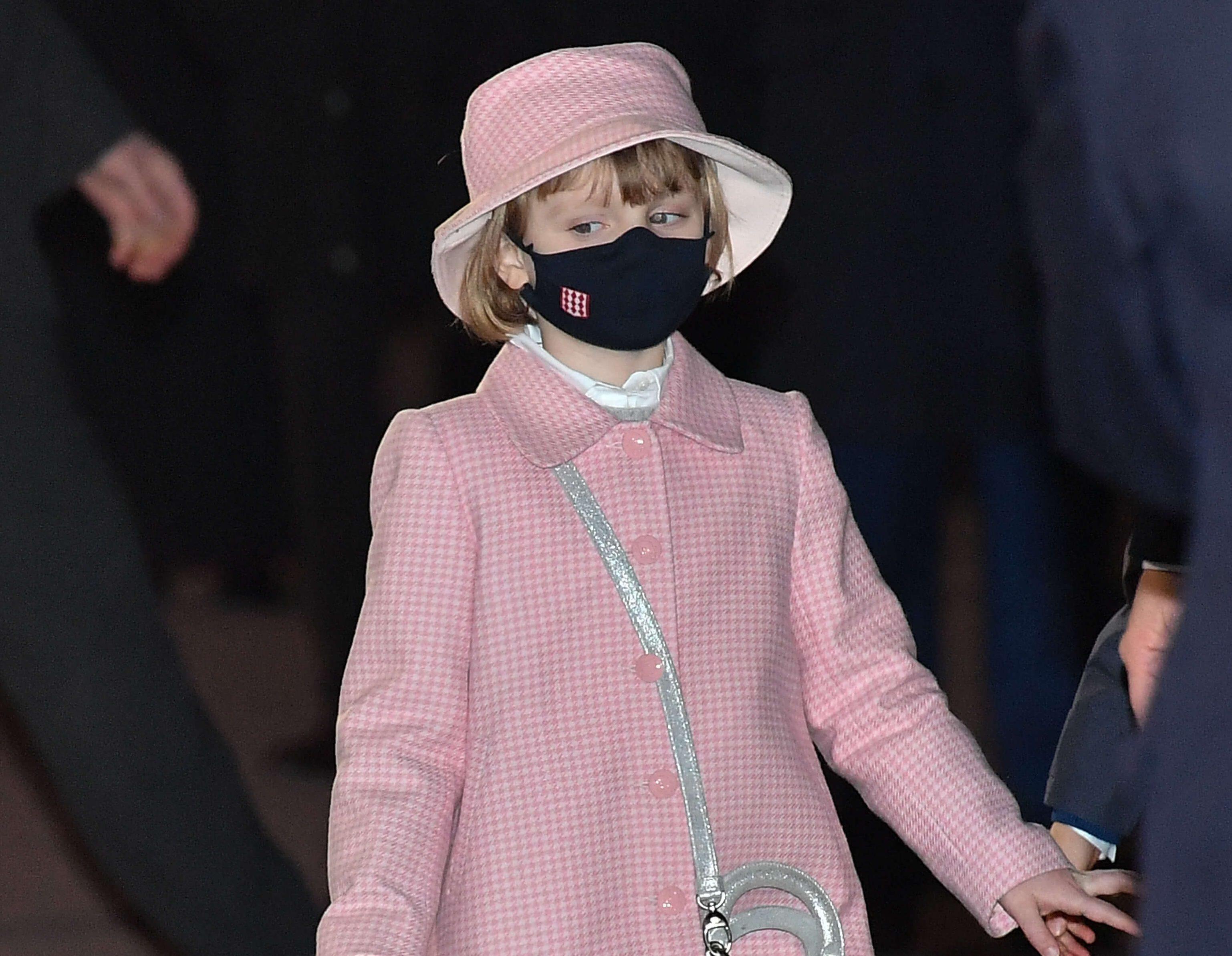 Prinzessin-Gabriella-von-Monaco-Ihr-Outfit-kostet-ein-Verm-gen