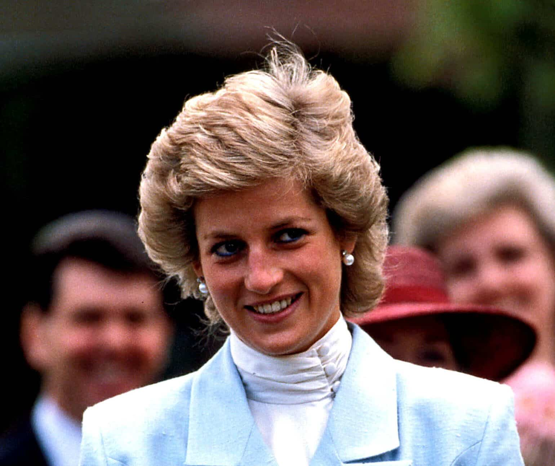 Prinzessin-Diana-ihre-Zwillings-Nichten-plaudern-aus-dem-N-hk-stchen