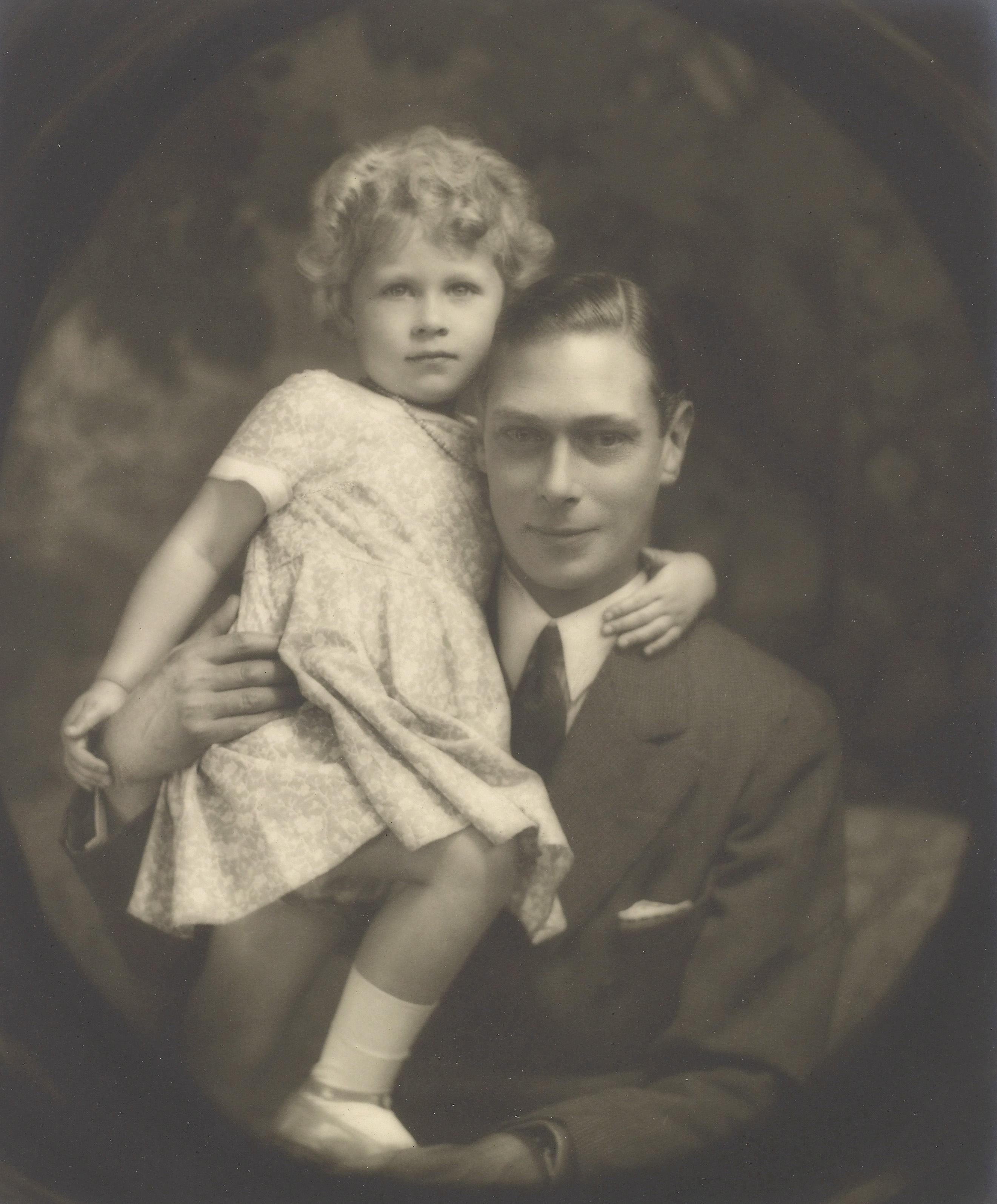 Queen Elizabeth und Vater
