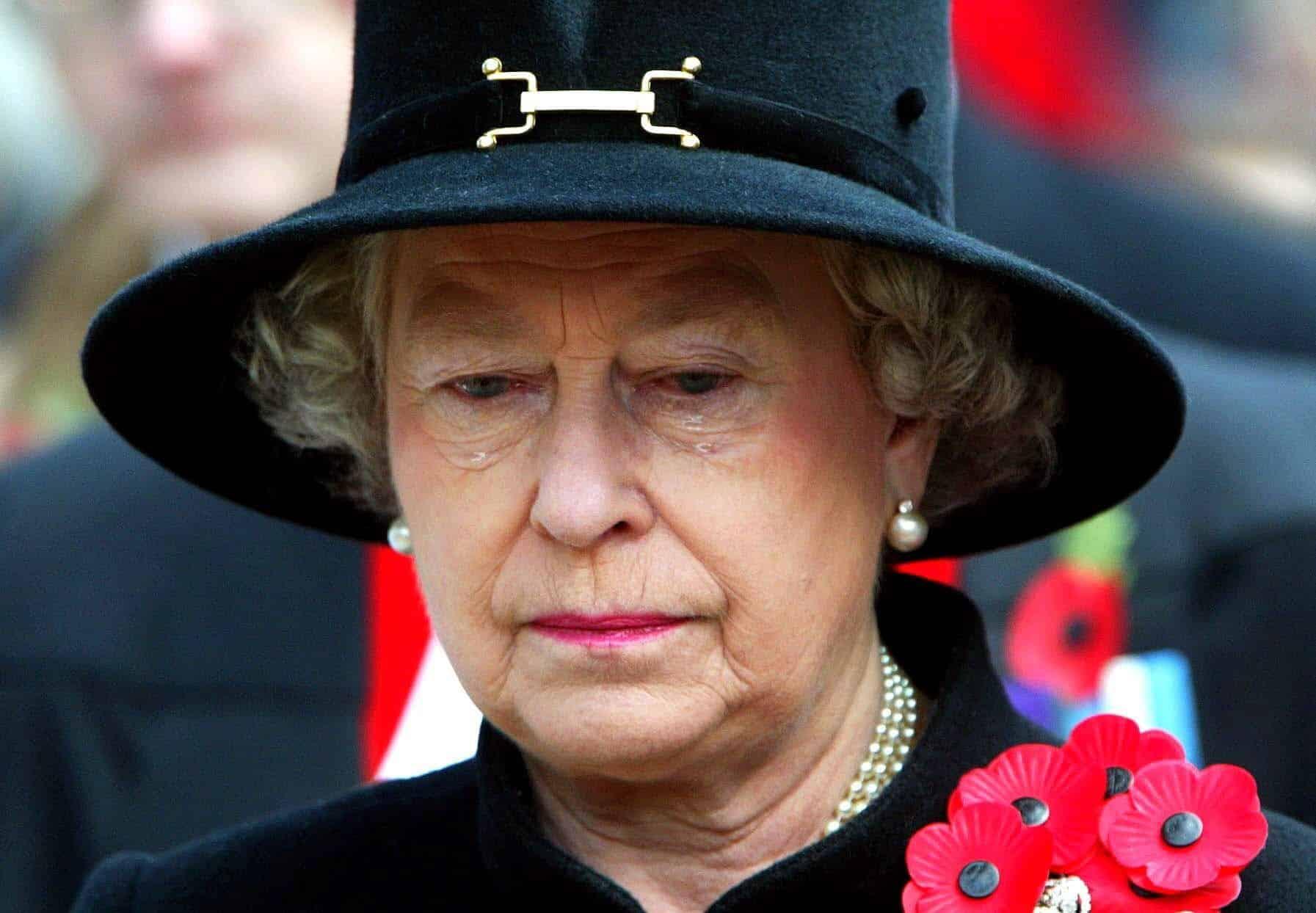 Remembrance Day, Queen Elizabeth II. weint, Queen weint, Königin Elisabeth II.