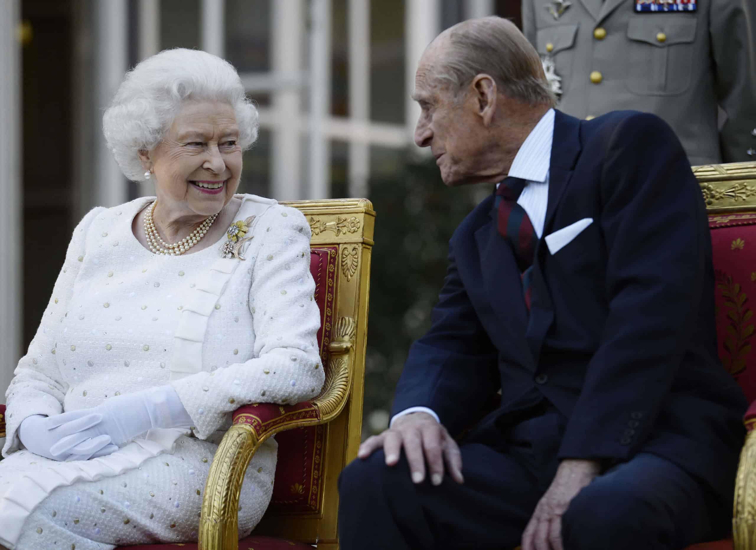 Queen Elizabeth: So baute Prinz Philip sie auf