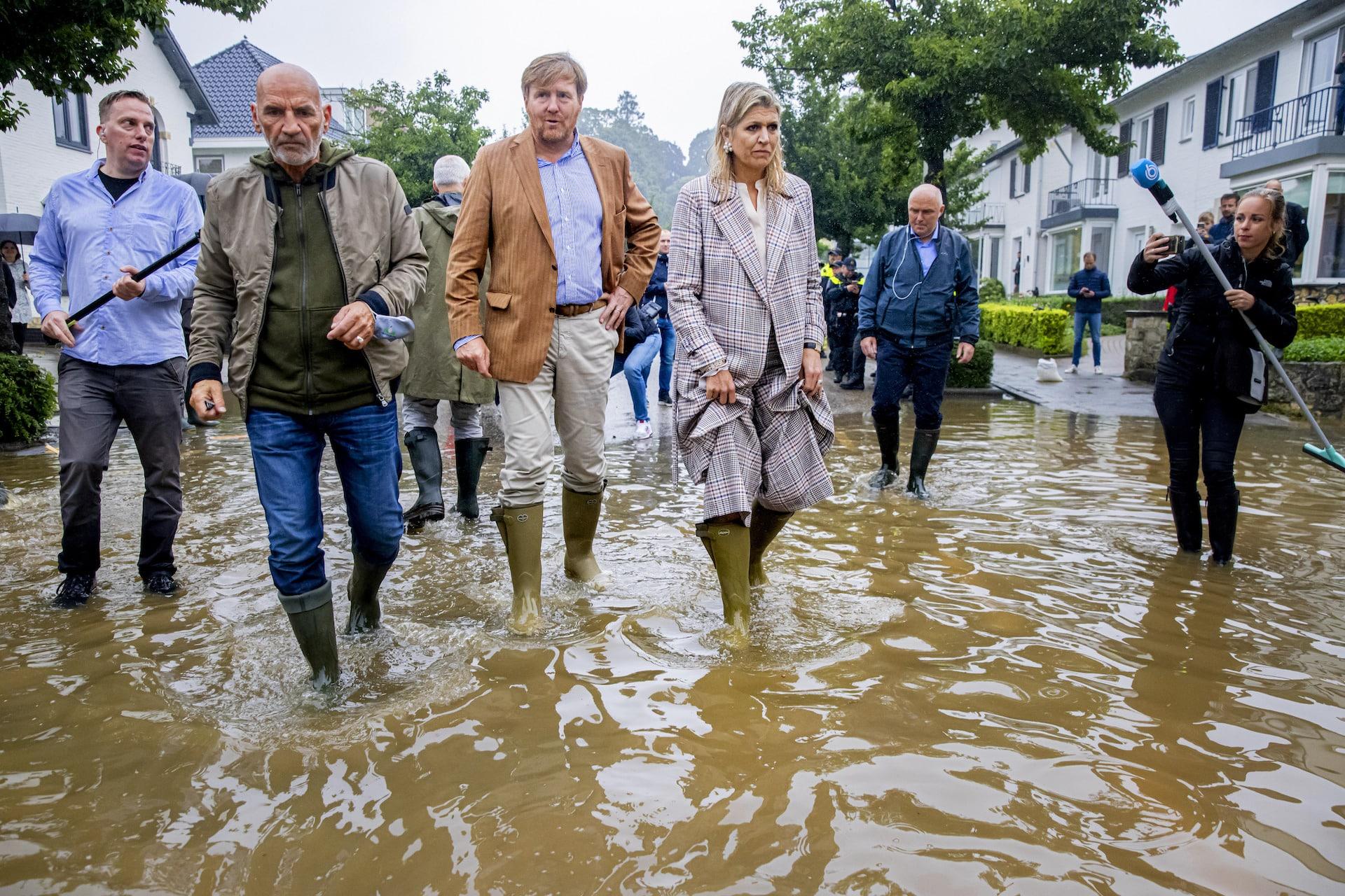 Königin Maxima & König Willem-Alexander besuchen Hochwasser-Opfer