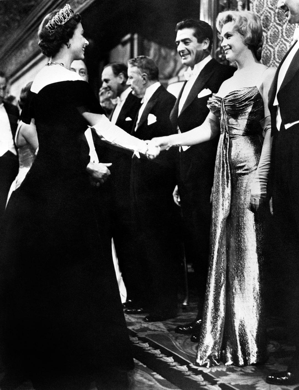 Queen Elizabeth und Marilyn Monroe