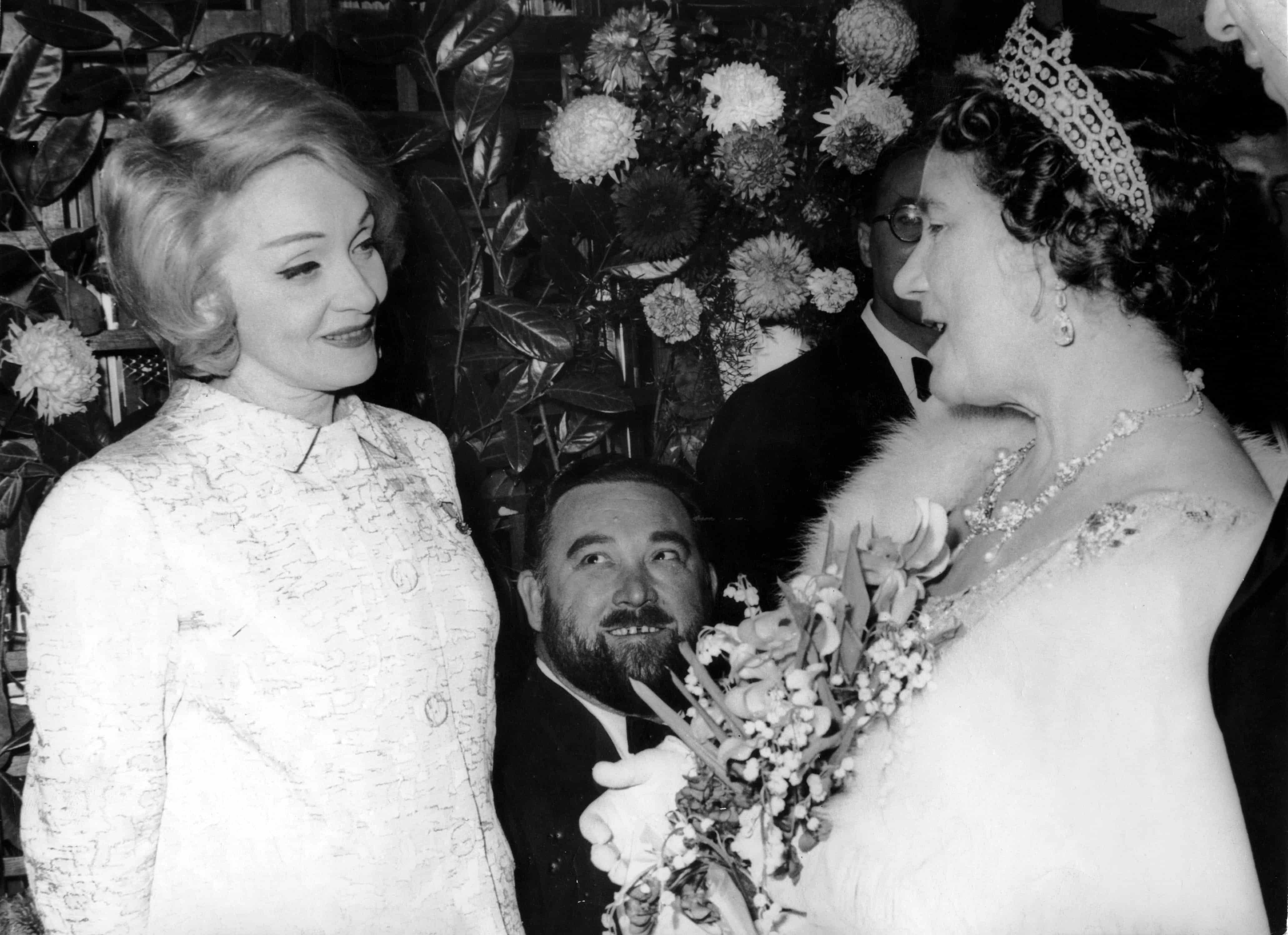 Marlene Dietrich und Queen Mum