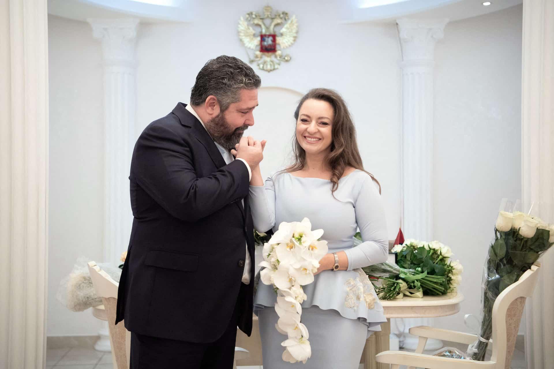 Großfürst Georgi Michailowitsch Romanow heiratet seine Victoria