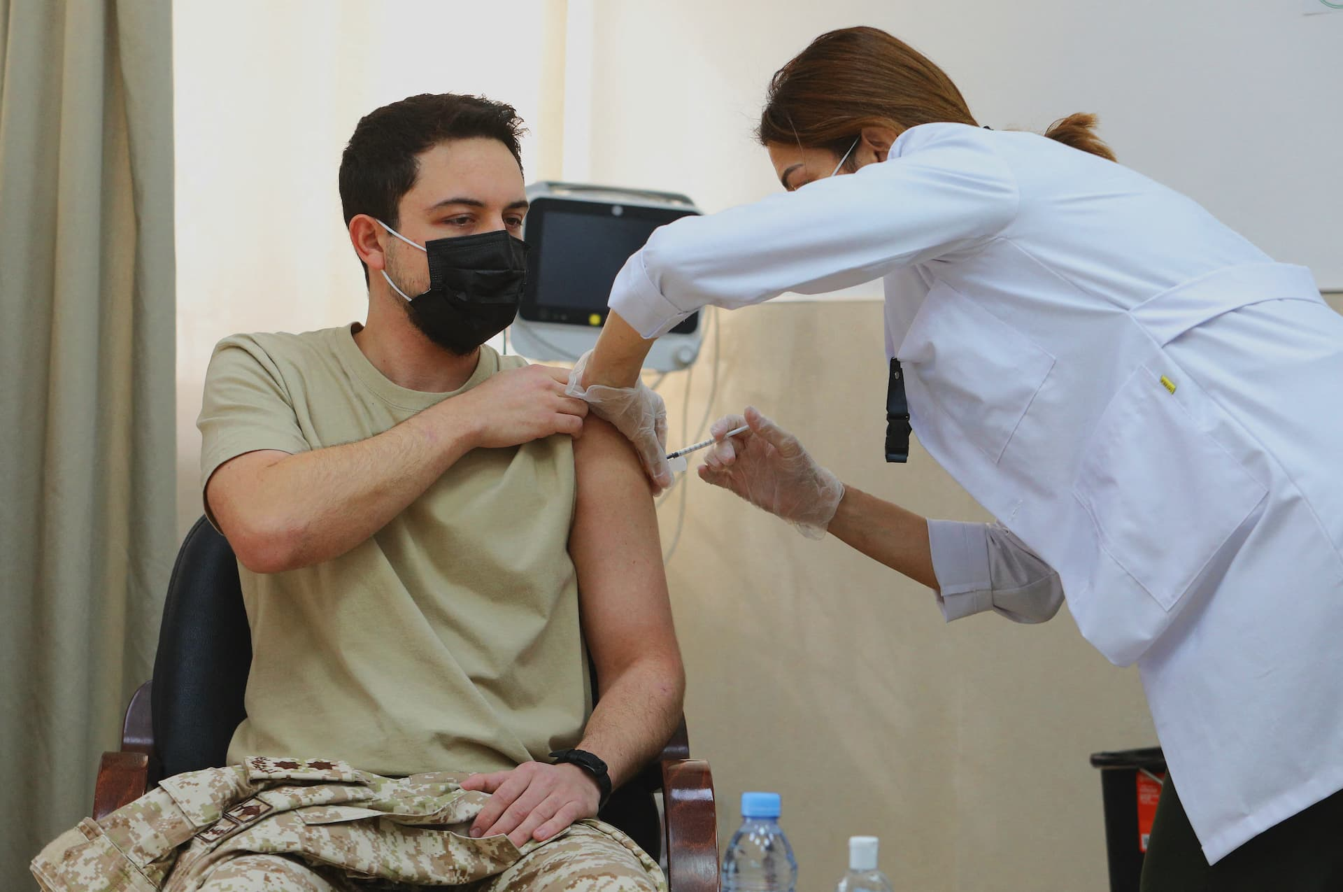 Kronprinz Hussein: Trotz Impfung mit Corona infiziert