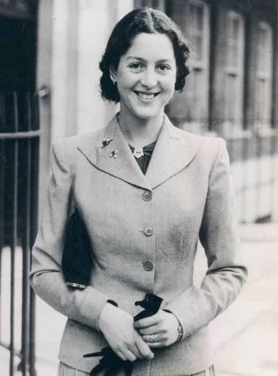 1943: Alexandra von Griechenland